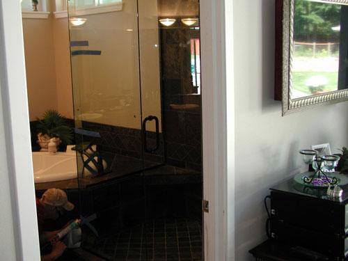 Glass Shower Doors - Repair \u0026 Replacement Services in Fircrest & Glass Shower Doors Fircrest WA   Shower Stalls Fircrest   Shower ...